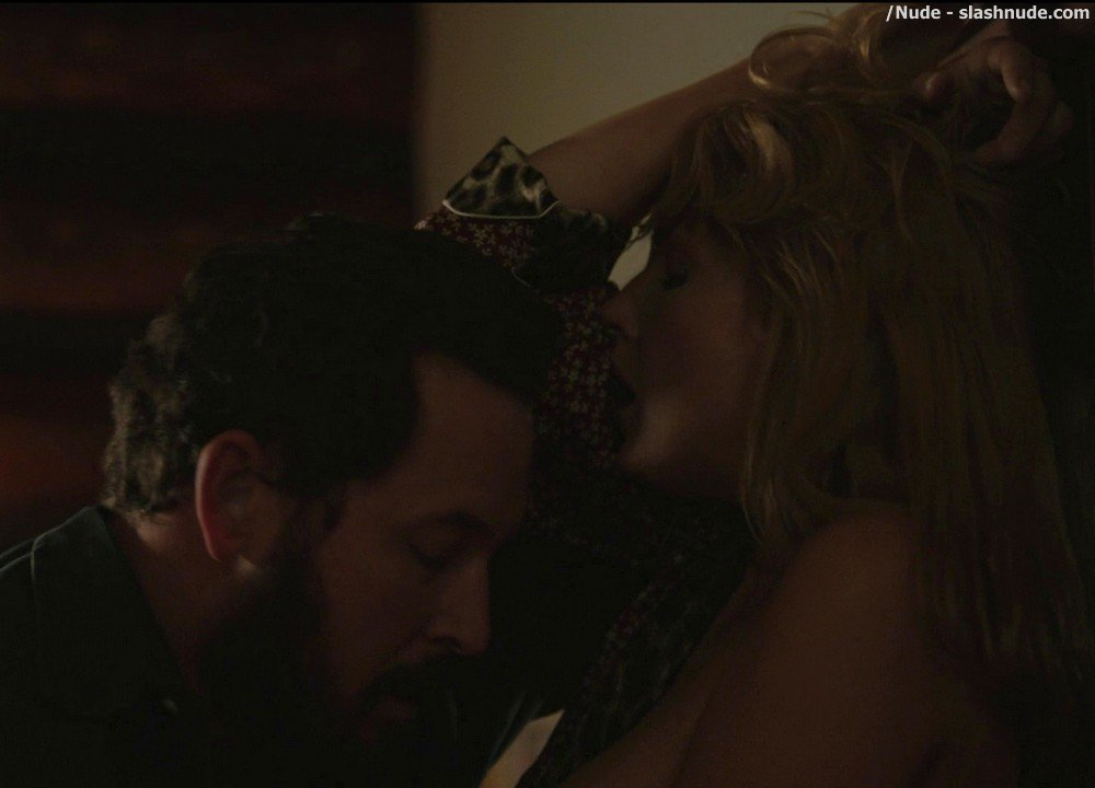 Kelly Reilly Topless In Yellowstone 17