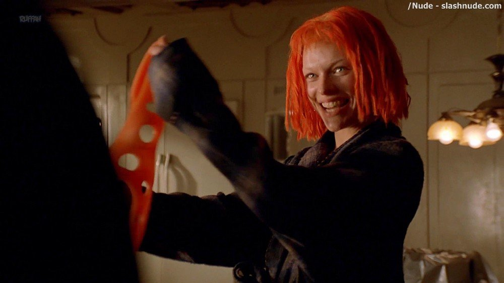 Milla Jovovich Nude In The Fifth Element 7