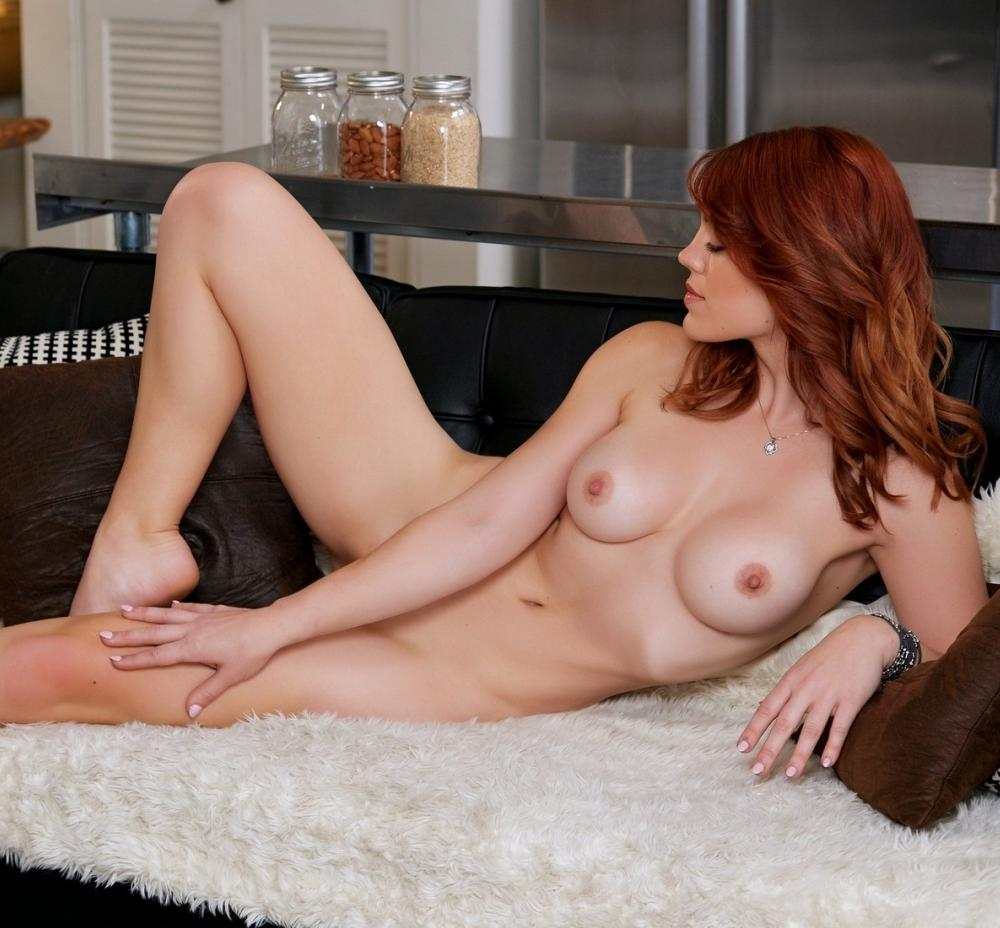 Molly Stewart Nude At Home In Playboy 21