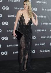adriana abenia flashes breast at gq men of year awards 3948 1
