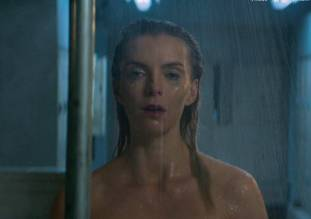 betty gilpin nude in shower on glow 8975 1