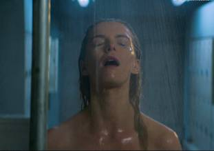 betty gilpin nude in shower on glow 8975 2