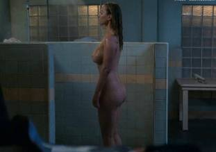 betty gilpin nude in shower on glow 8975 3