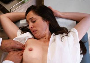 catherine reitman topless exam in workin moms 5770 13