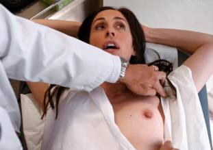 catherine reitman topless exam in workin moms 5770 3