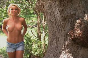 corrie loftin topless in eves 0965 9