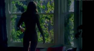 emily blunt nude with natalie press in my summer of love 6622 14