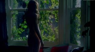 emily blunt nude with natalie press in my summer of love 6622 18