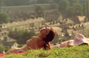 emily blunt topless in my summer of love 0403 3