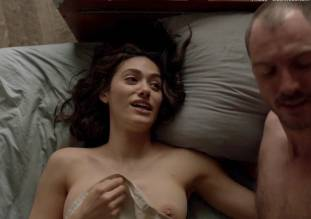 emmy rossum topless in shameless sex scene 0014 16