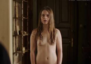 hera hilmar topless in an ordinary man 6935 16