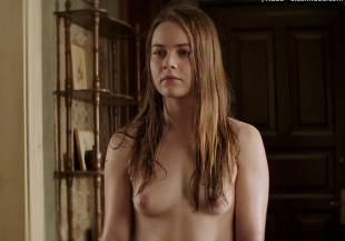 hera hilmar topless in an ordinary man 6935 17