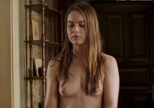 hera hilmar topless in an ordinary man 6935 18