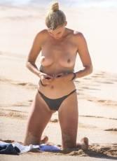 kelly rohrbach topless on hawaii beach 2354 3
