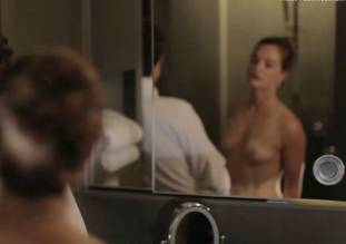 laura gordon nude in shower in embedded 9081 20