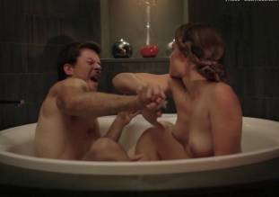 laura gordon nude in shower in embedded 9081 31