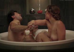 laura gordon nude in shower in embedded 9081 32