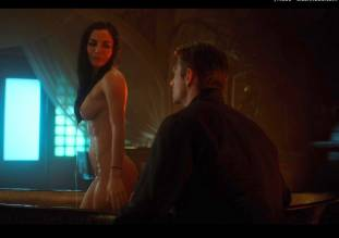 martha higareda nude in altered carbon 1032 5