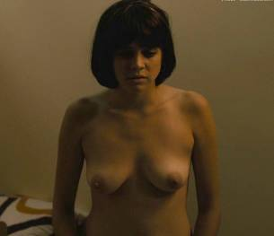 olivia luccardi kayla foster topless on the deuce 2547 12