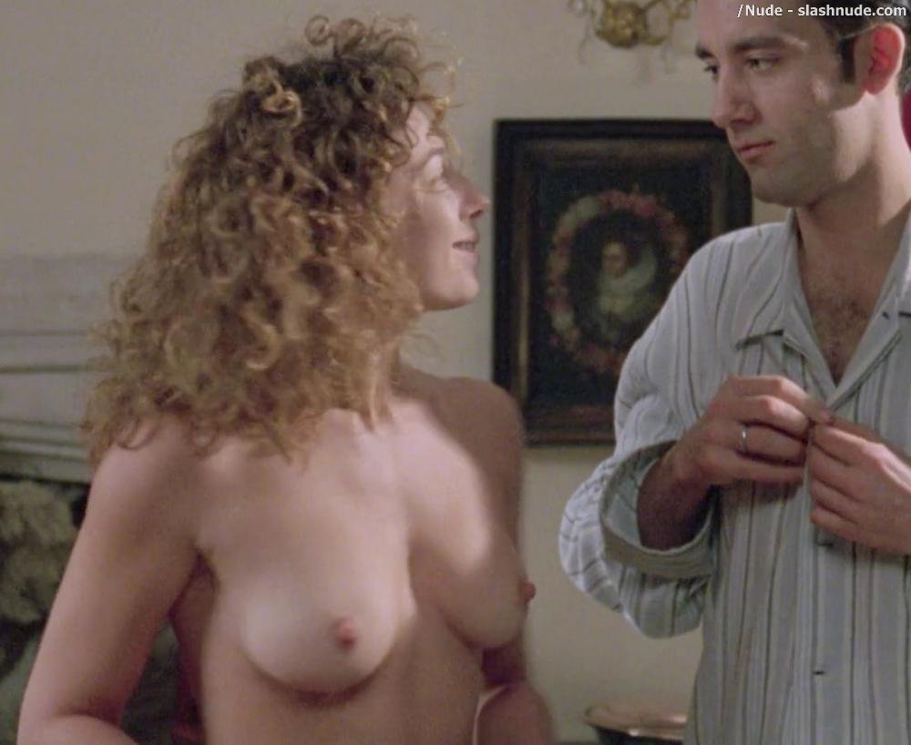alex-kingston-nude-gif-hubby-little-dick-big-black
