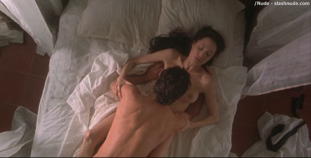 Angelina Jolie Nude And Hot Sex In