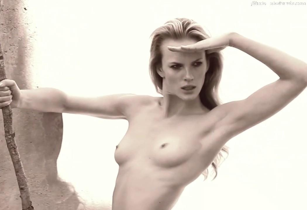 Anne vyalitsyna naked, the pussy shaver penthouse