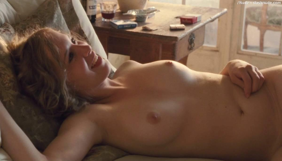 kim-dickens-nude-scenes