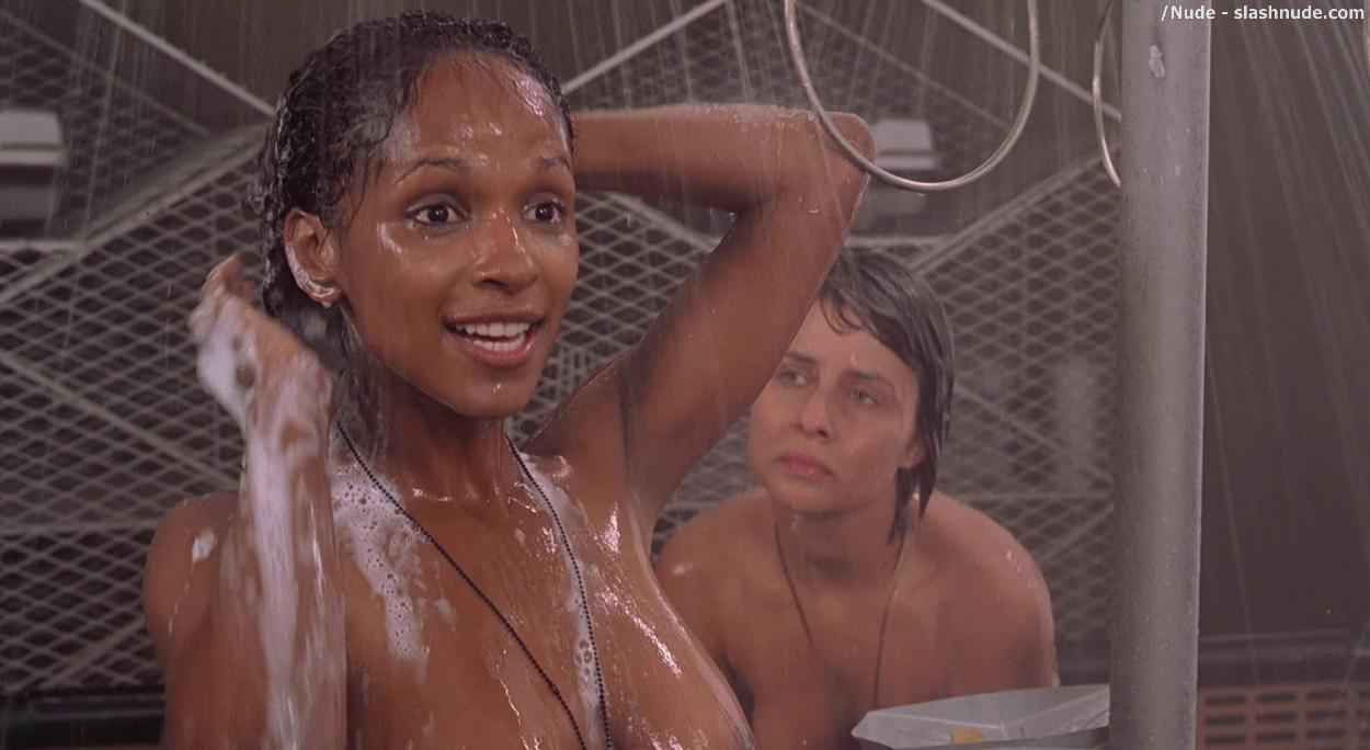 Women wet panties porn