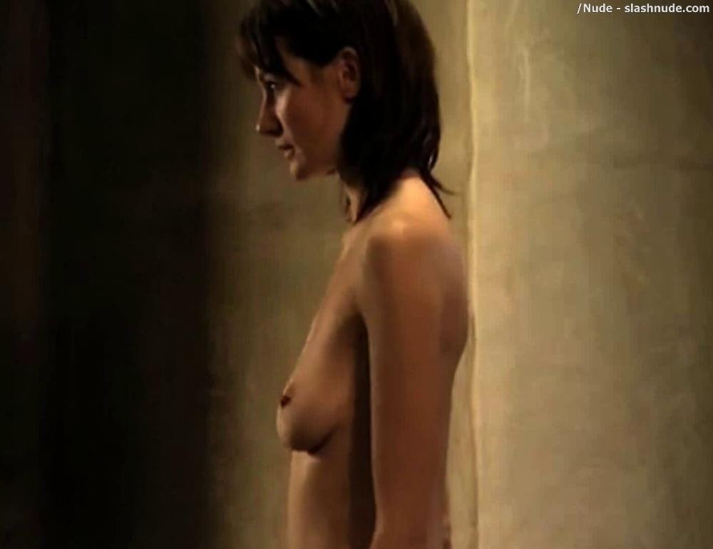Emily mortimer sexy gif — pic 12