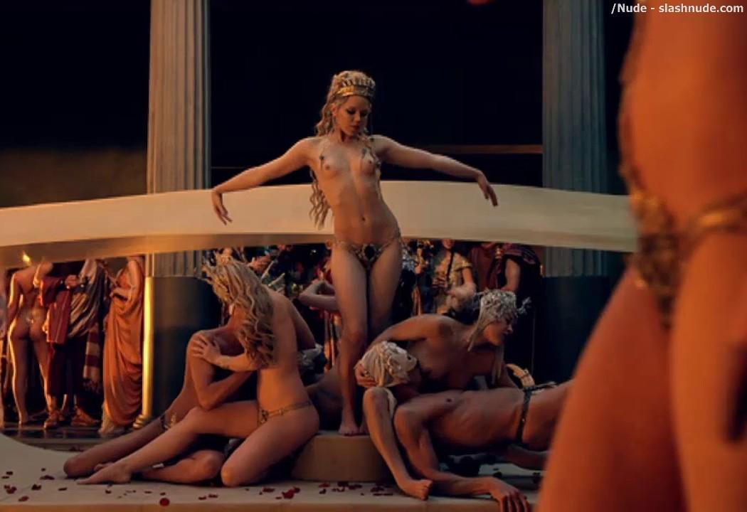 фильм про голых женщин - 11
