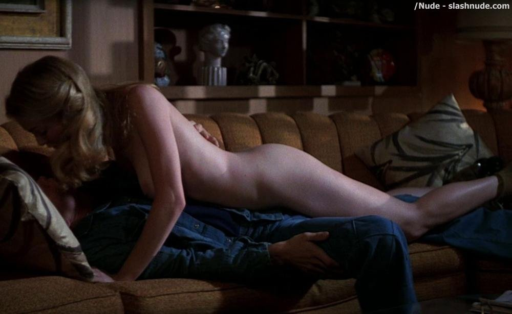 Heather Graham Nude Boobs