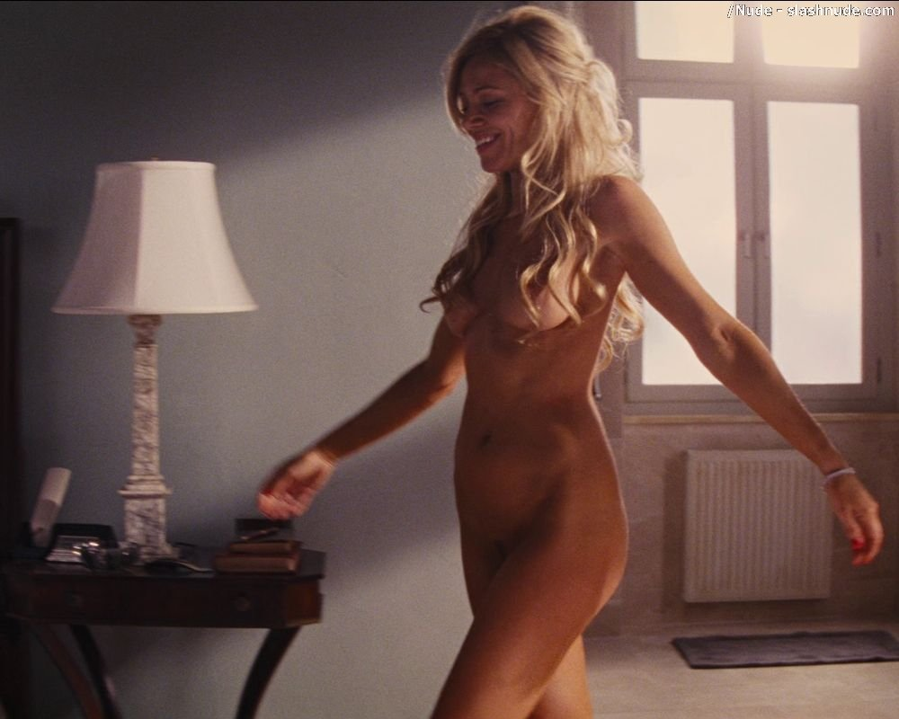 wolf of wall street naked pictures