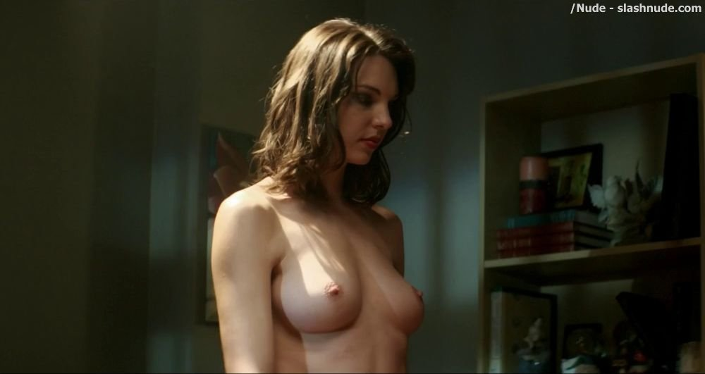 Rebecca hall topless for a bath in parade end