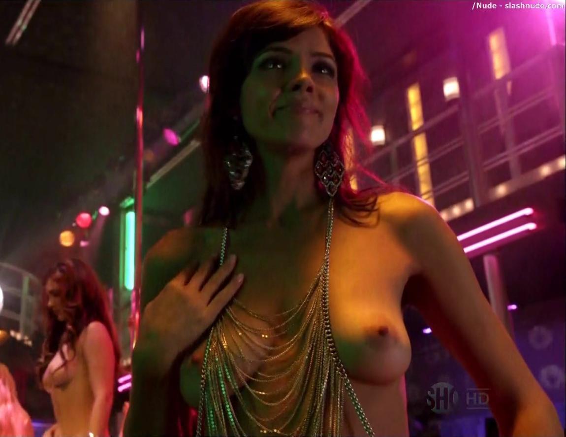 maria-zyrianova-fully-naked