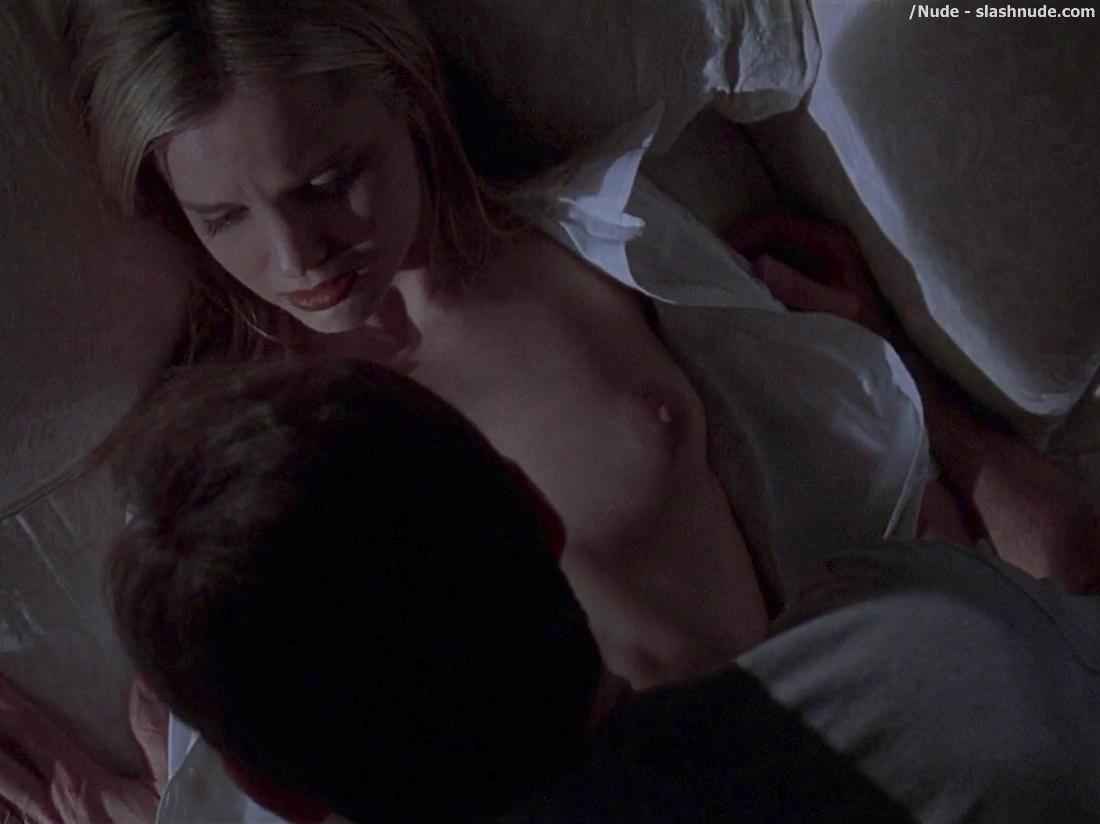 American Beauty Topless mena suvari topless for her first time in american beauty