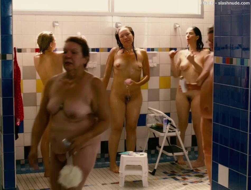 Sarah silverman full frontal nudity
