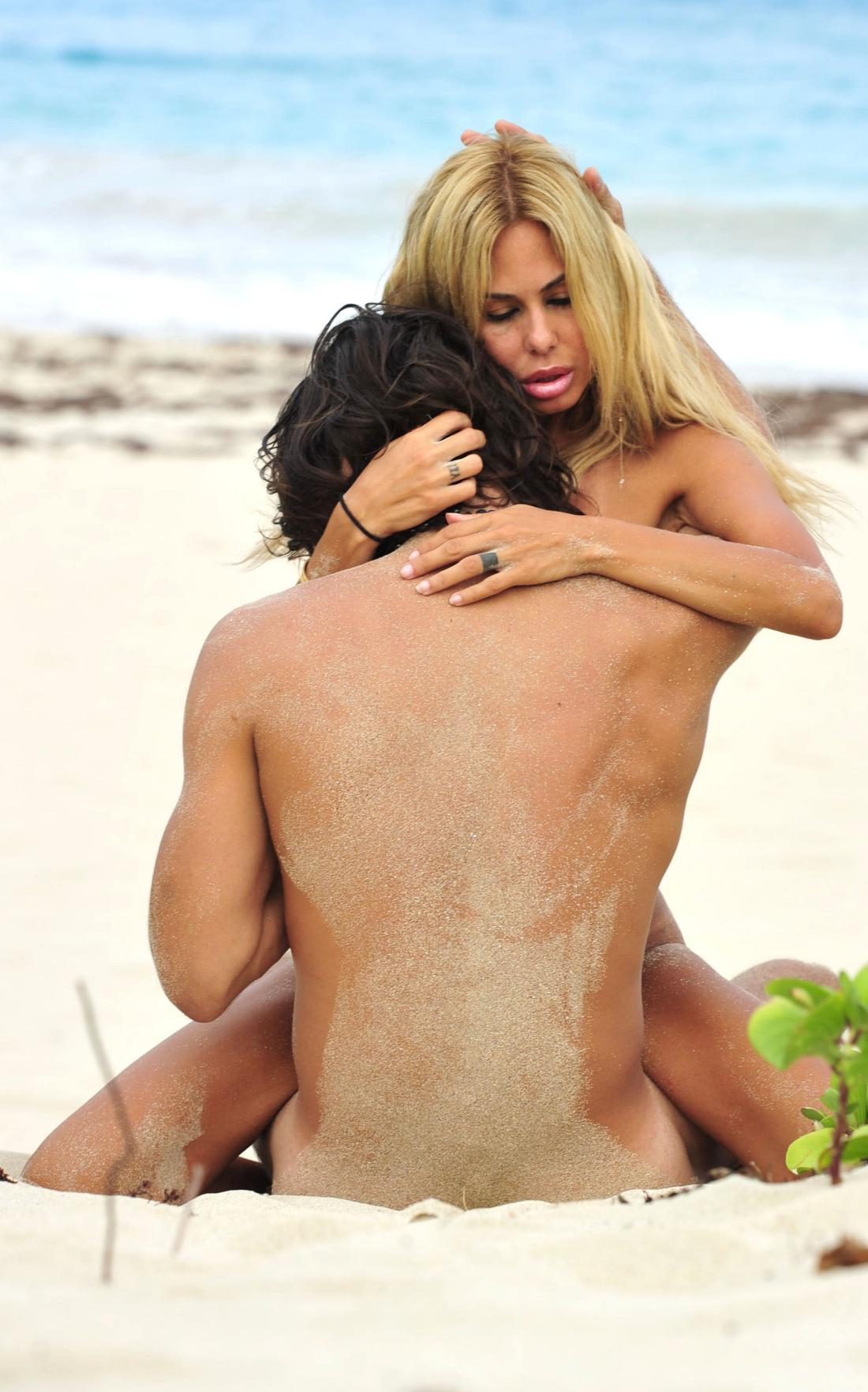 Rachael taylor sex scene